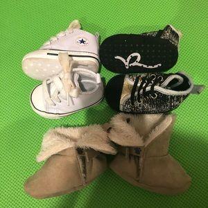 Bundle baby shoes 6-12m